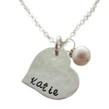 Hearts Personalized Mom Necklace