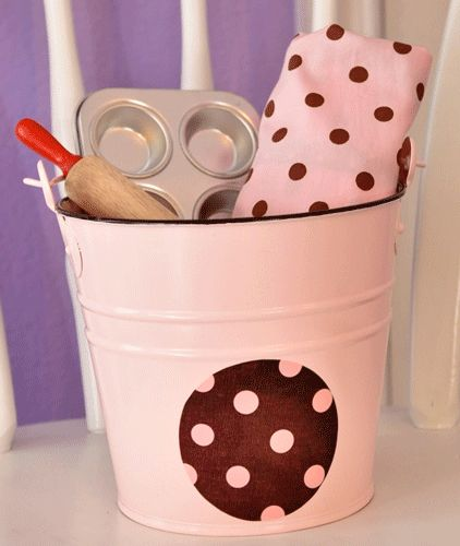 polka dot baker bucket gift set